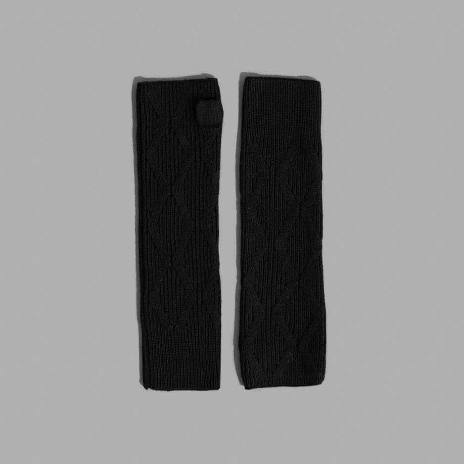 The E1 Fingerless Glove, 100% Italian Merino wool in a semi-dry hand
