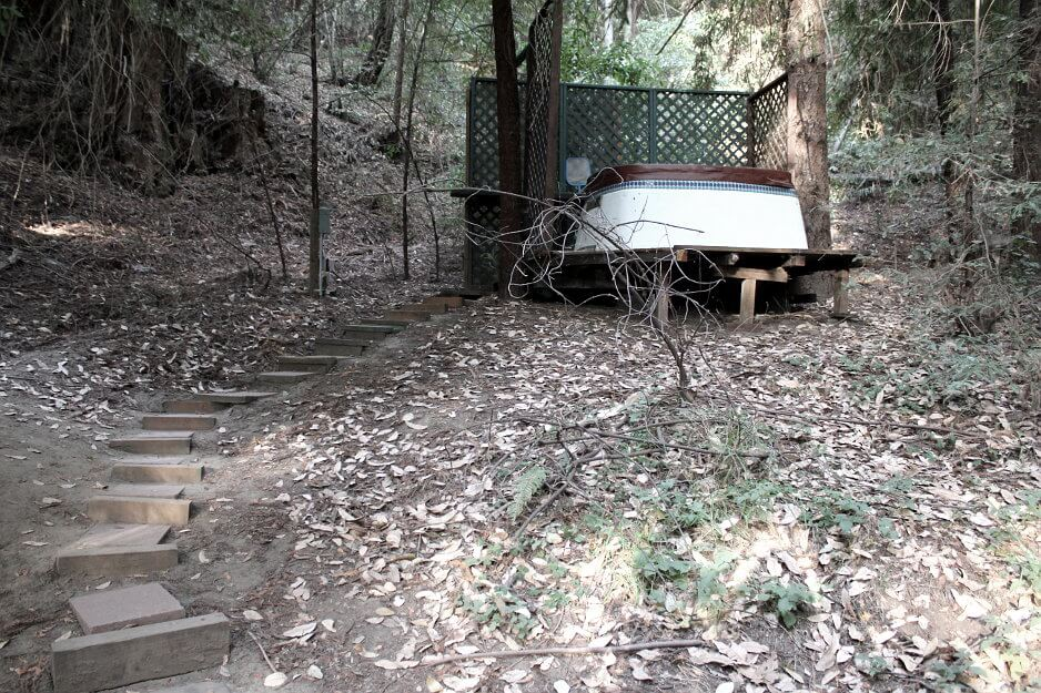 redwood treehouse hot tub