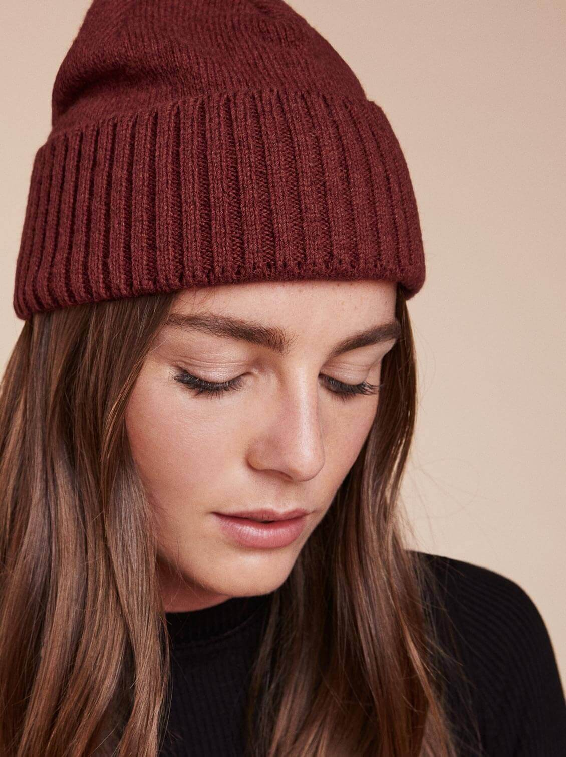 Patagonia Brodeo Beanie in Red