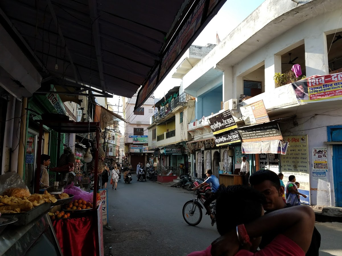 The narrow streets of Udaipur