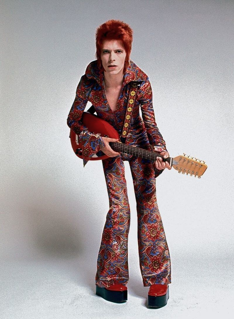 David Bowie as ziggy-stardust with platform shoes