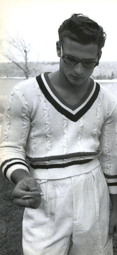 Vintage L'UOMO vogue May-June 95 Tennis sweater