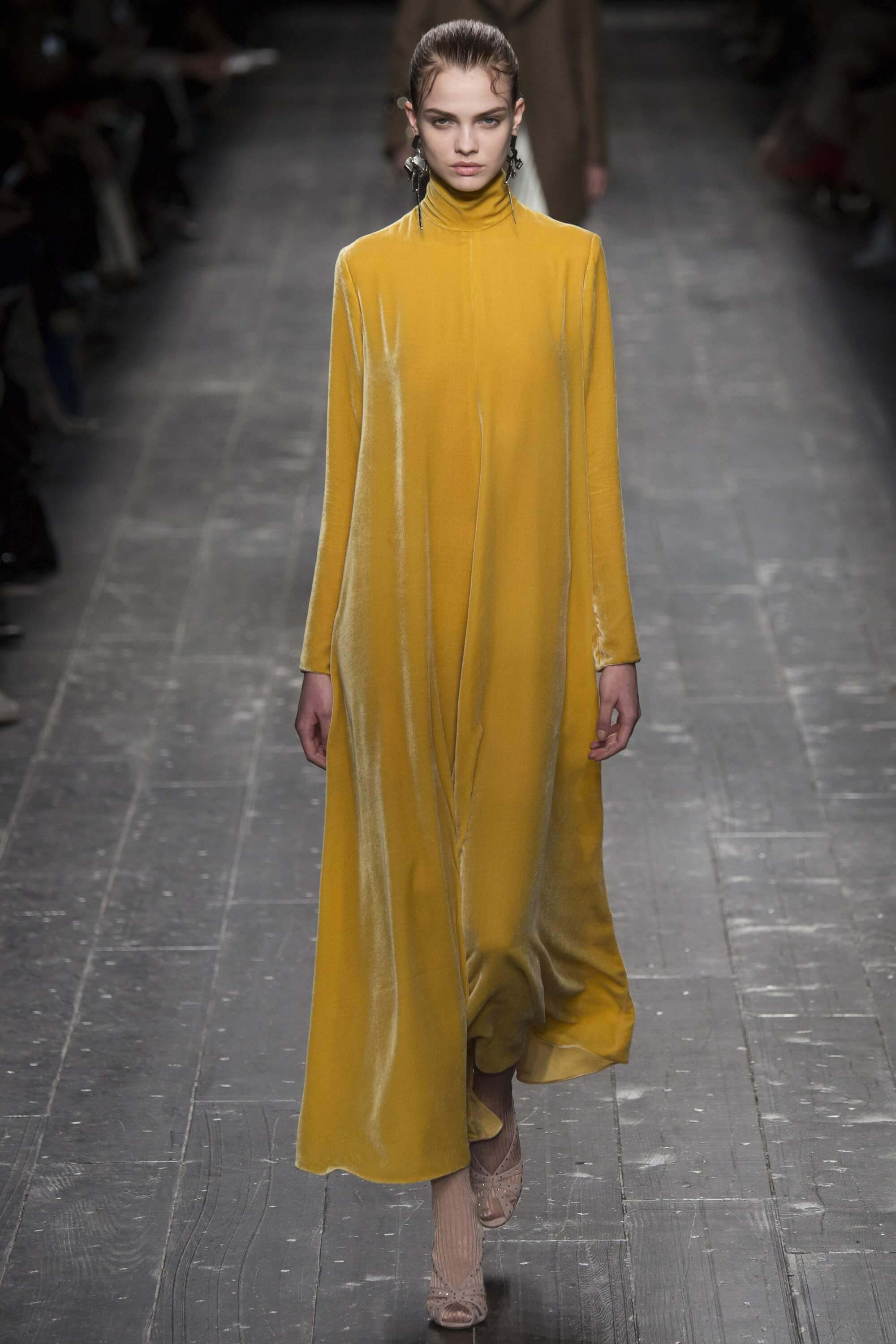 Valentino Ready to Wear Fall 2016 mustard dress