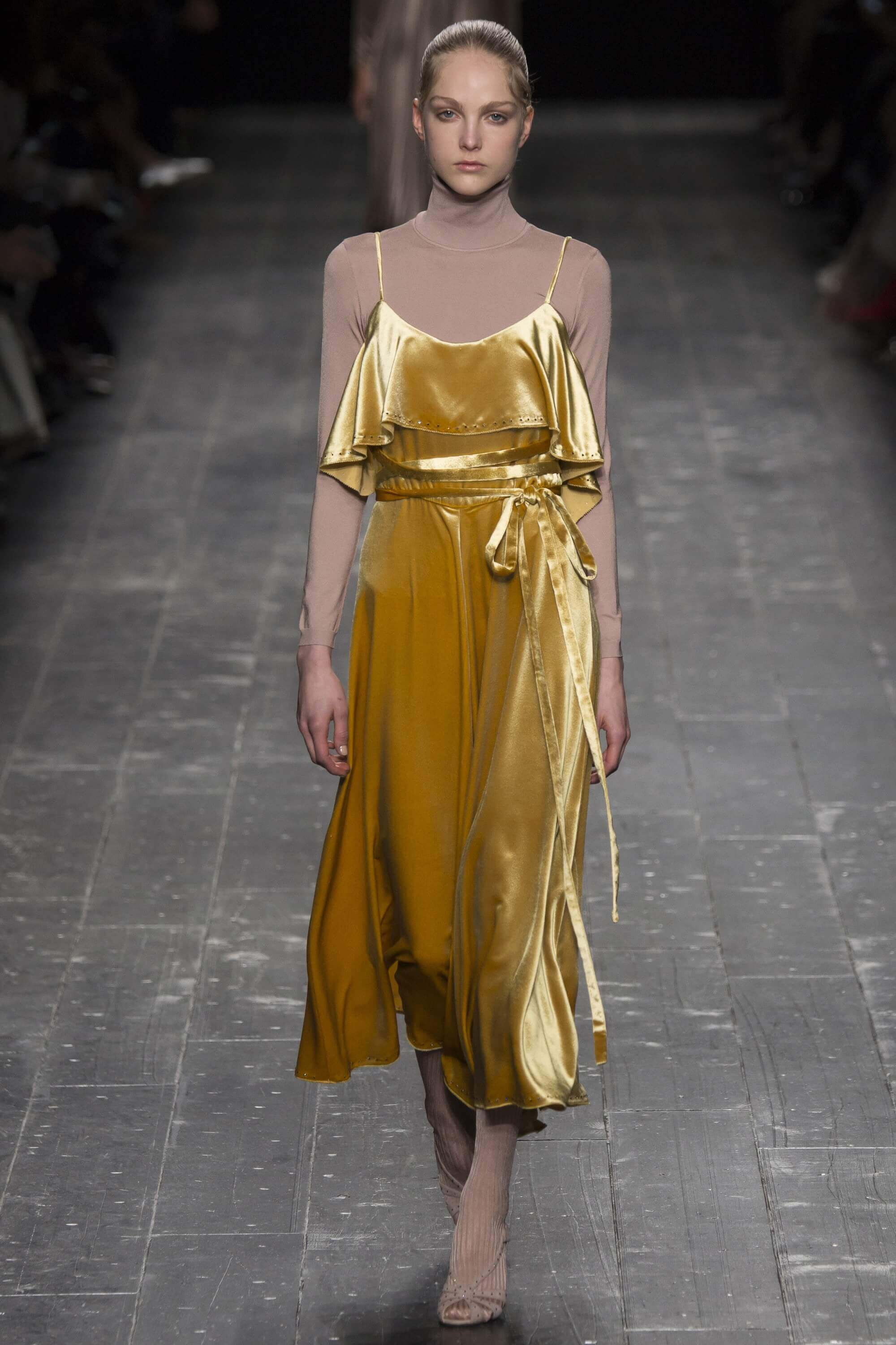 Valentino ready to wearfall 2016 mustard tone dress